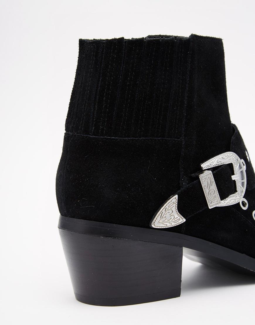 shoes 2.3