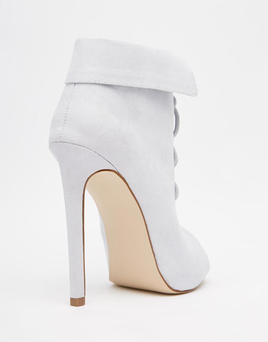 shoes 6.3