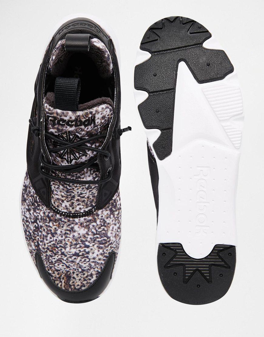 shoes 8.2